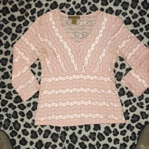 Notations stretchy pink top with v neck. Sz Small